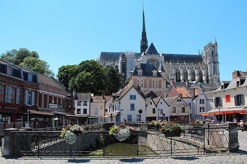 Vue depuis le quartier Saint Leu à Amiens